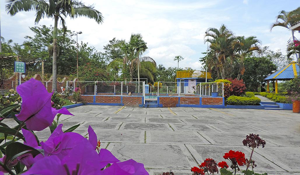 Finca hotel villa jard n eje cafetero turismo for Finca villa jardin piedecuesta